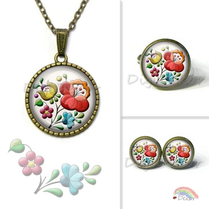 05270038d2 Kalocsai minta felhasználásával készült nyaklánc, gyűrű, fülbevaló